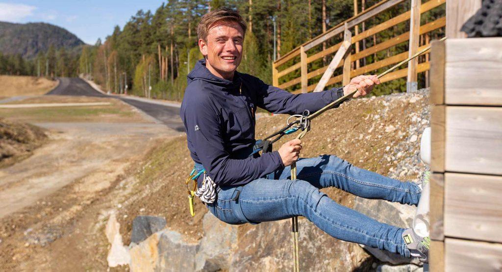 – Vi skal skape et gratis lavterskel-tilbud for ungdom i Flesberg i tilknytning til den nye skolen, sier Henrik Foss, aktivitetskoordinator i Flesberg kommune.